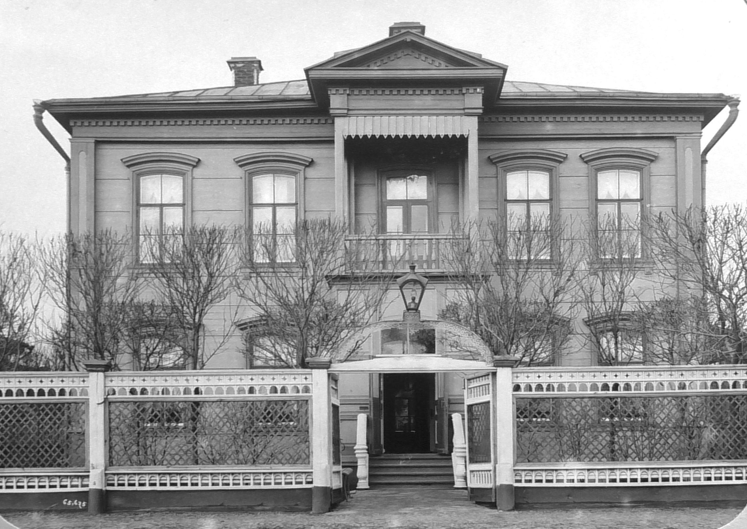 Дом английских служащих на Крутом,1893г.