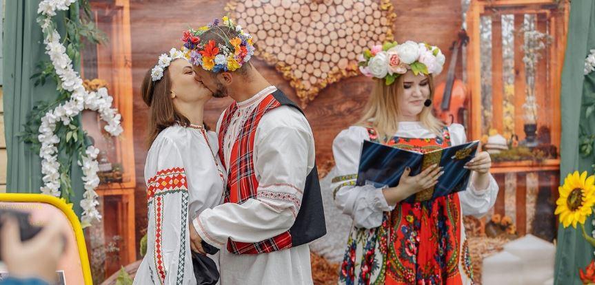 """Весело и ярко прошел фестиваль """"Гуслицкий Хмель-2021"""""""